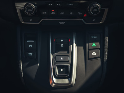 Gear selection and driving modes in the Honda CR-V Hybrid