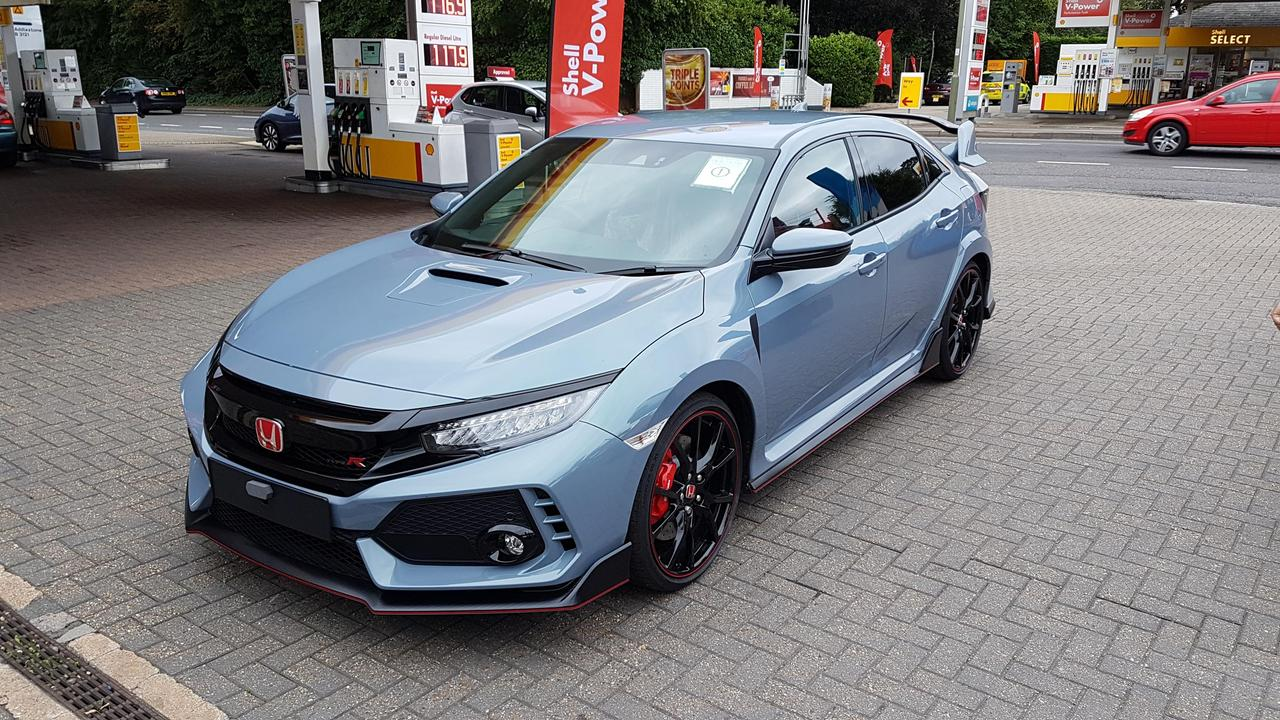 2017 Civic Type R arrives at Trident Honda