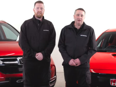 Honda UK's press fleet technicians, John White and Jason Ryder
