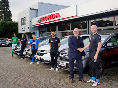 Knaphill Athletic celebrate their new kit provided by Trident Honda