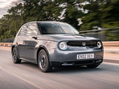 Steve Cropley of Autocar reviews the Honda e Advance