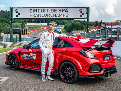 Bertrand Baguette beside his Type R